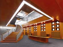 新中央図書館